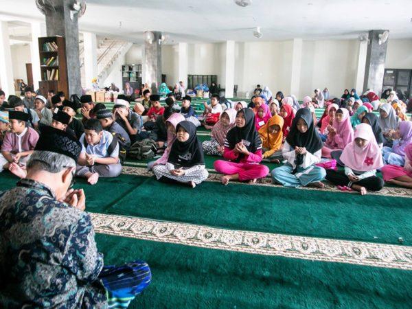 Program Subuh Barokah di Masjid Al-Hasanah Canggu Permai