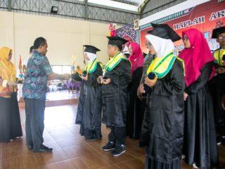 Wisuda MI Al-Hasanah Banjar Canggu Permai. Tahun ajaran 2018-2019