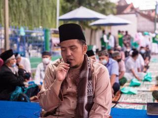 Pelaksanaan Sholat Iedul Fitri 1442 Hijriah di Masjid Al-Hasanah Br. Canggu Permai